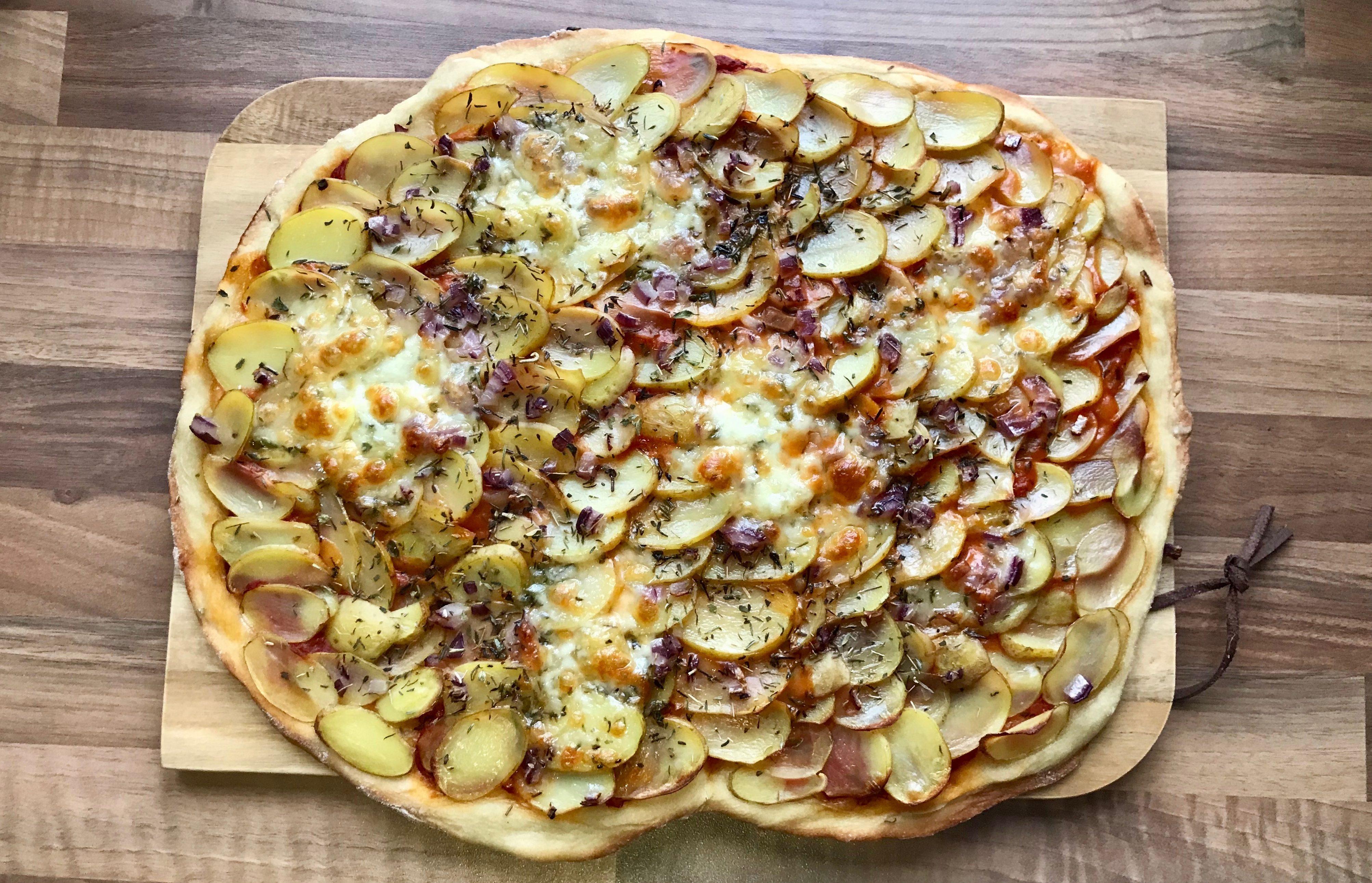 Koldhævede pizzadej
