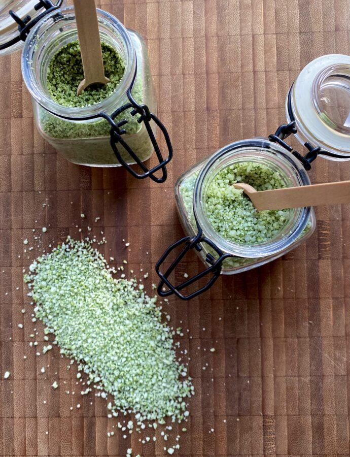 Hjemmelavet salt med smag –  den perfekte værtindegave